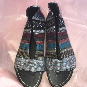 Joe's Jeans Mexican blanket embroidered sandals